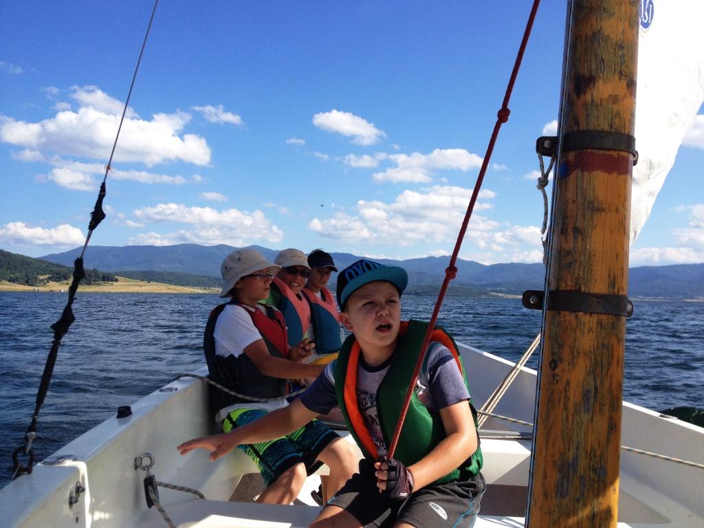 Детски лагери 2019: С колела и лодки по вятъра - язовир Батак